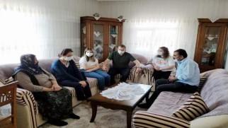 Vali Polat'tan Şehit ailesine ziyaret