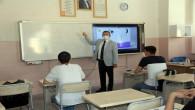 Öğrencilere ilk ders Vali Polat'tan