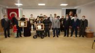 Şehit yakını ve gazilere Devlet Övünç Madalyası verildi